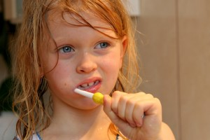 A partir de quel ge faut il se brosser les dents blog - Porte bebe babybjorn a partir de quel age ...