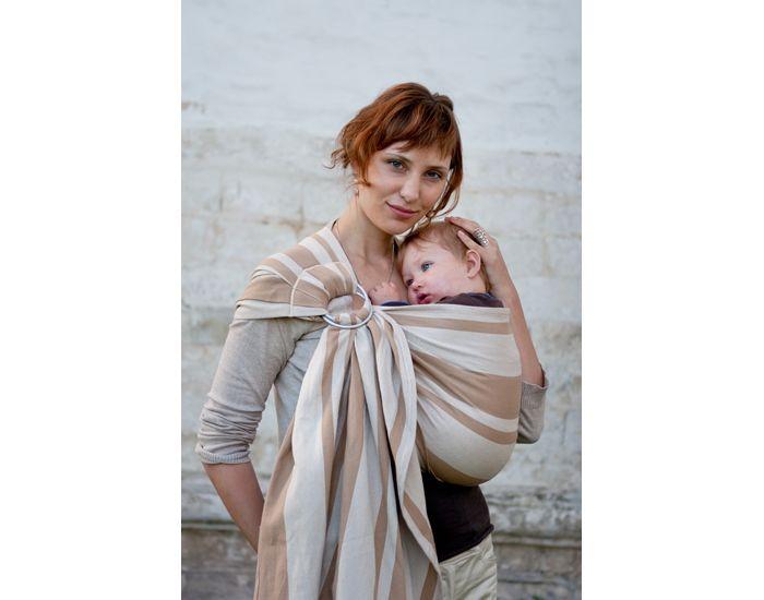 Porter bébé quand il pleut - Blog au Naturel c076dc41c6c