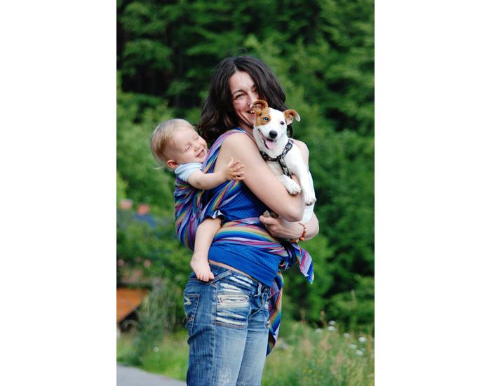Pour assurer le bon développement de votre bébé, il est important de choisir  un système de portage respectueux de sa physiologie et de sa morphologie. cb66c3a290b
