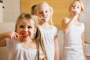 bien choisir le dentifrice de son enfant blog au naturel. Black Bedroom Furniture Sets. Home Design Ideas